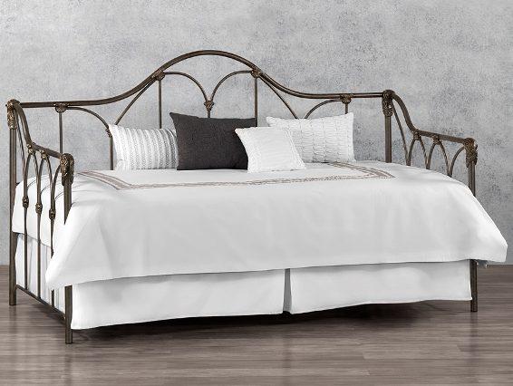 Wesley Allen Day Bed Pembrook